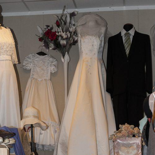 _DSC8924_800x544_100dpi_bruidsjurken_kostuums